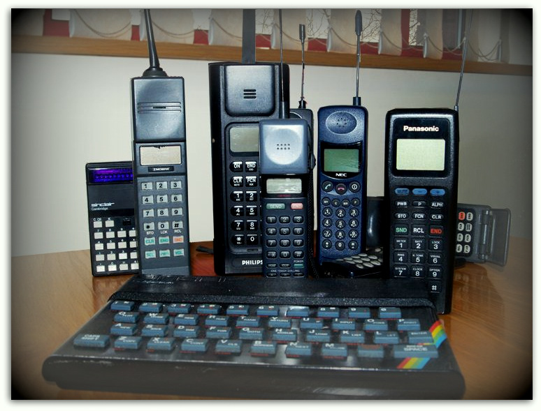 I have many old phones, these ones on my desk, do you recognise any?